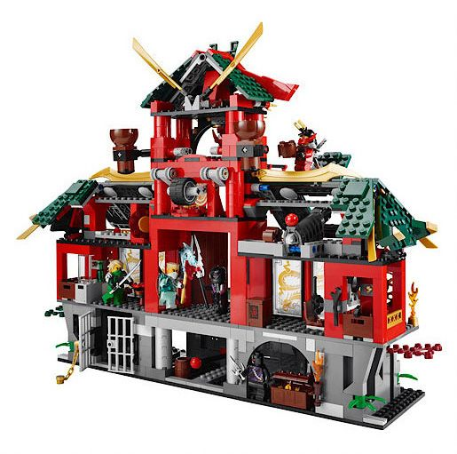 70728 Battle for Ninjago Ciy