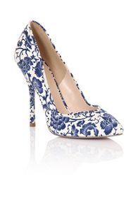 Paper Dolls Print court shoes