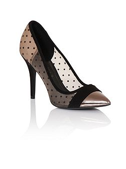 Mesh dot court shoes