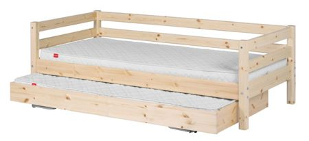 Flexa CLASSIC bed with pullout bed. Full length rail. P