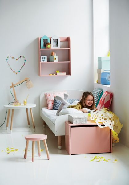 Flexa PLAY table in Pink, Ash and MDF