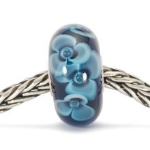 Trollbeads Midnight Flower glass charm bead