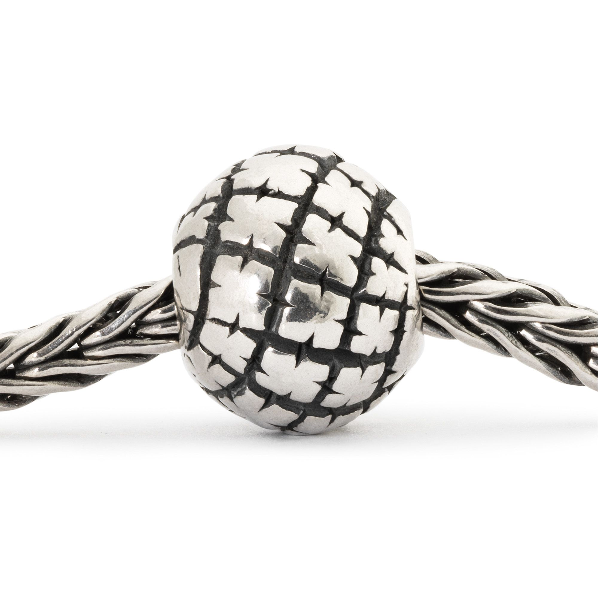 Nomad sterling silver charm bead