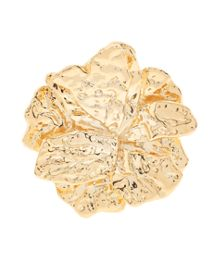 Gold flower ring
