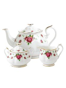 Royal Albert New country roses boxed 3 piece tea set