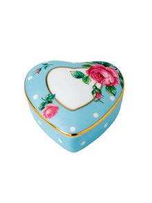 Polka blue heart box