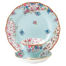 Sitting pretty teacup, saucer & 20cm plate