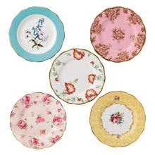 Royal Albert 100 years 5 piece set of 20cm plates (1950-1990)