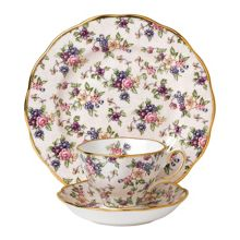 Royal Albert 100 years 1940 english chintz 3 piece set