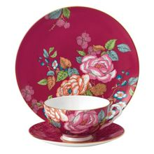 Wedgwood Tea garden raspberry 3-piece set