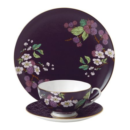 Wedgwood Tea garden blackberry & apple 3-piece set