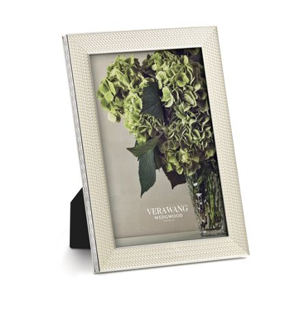 Wedgwood Vera wang with love nouveau pearl photo frame 4x6
