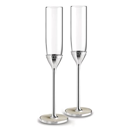 Wedgwood Vera wang with love nouveau toasting flute pearl
