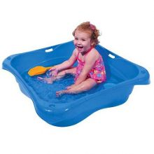 Sandpit and paddling pool