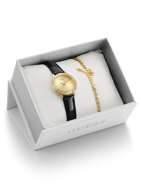 Guess Ladies` Watch and Bracelet Gift Set