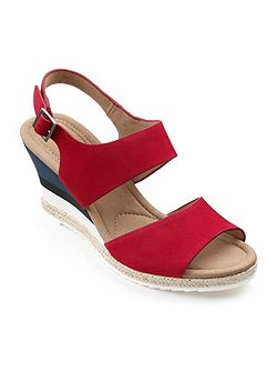 Ladies lightweight wedge with buckle