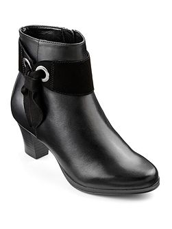 Anastasia ladies heeled ankle boot