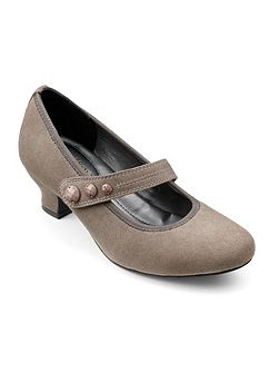 Charmaine ladies touch close court shoe