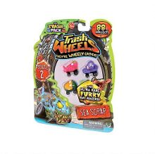 The trash pack wheels 4 figurines