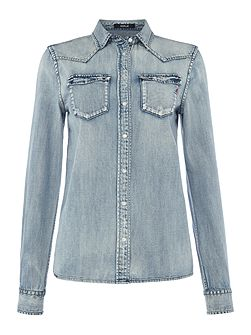Clasic collar denim shirt