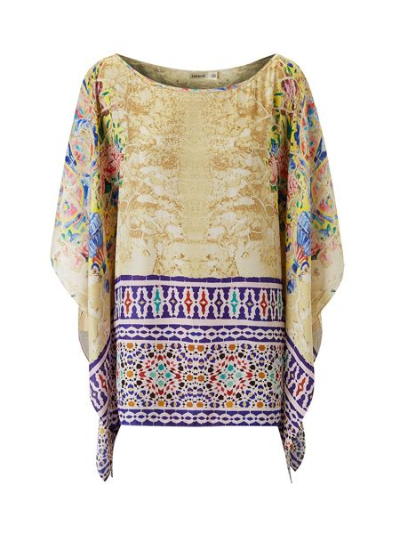 Lavand Asymmetric Print Top