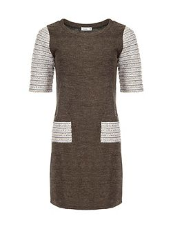Dress with Contrast Sleeves And Pockets