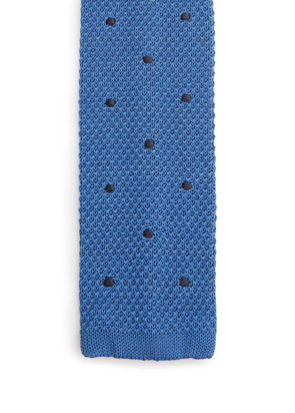 Polka-dot patterned knit tie