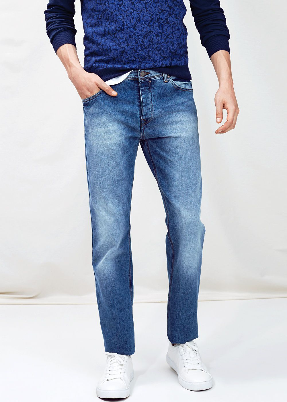 Straight-fit light wash Bob jeans