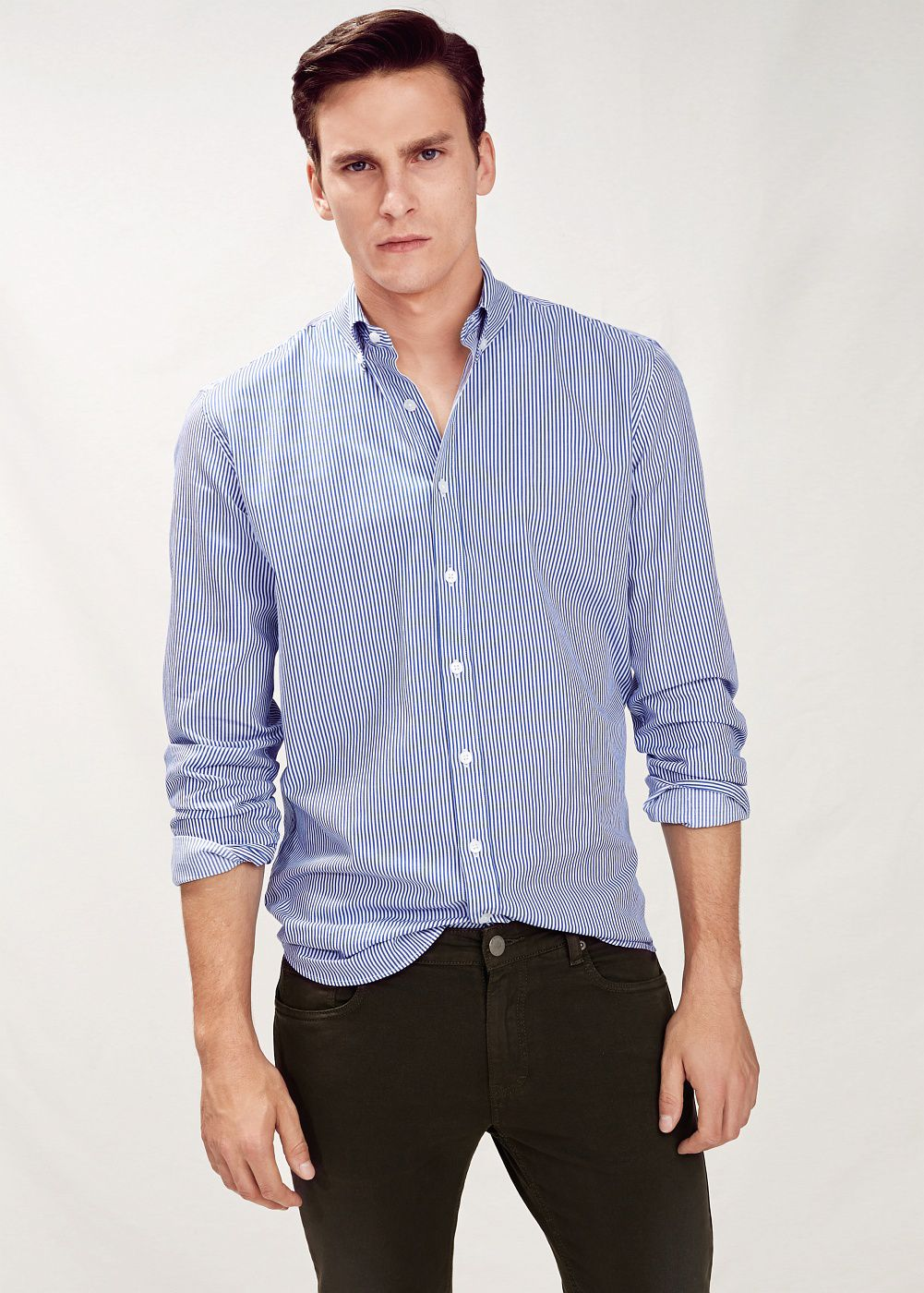 Slim-fit striped shirt