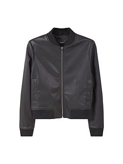 Ribbed edges bomber