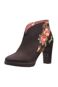 Eva ankle boots