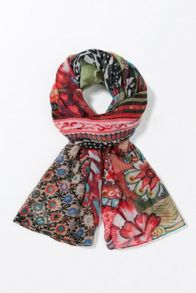 Desigual Rectangle Scarf