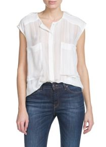 Two-pocket blouse