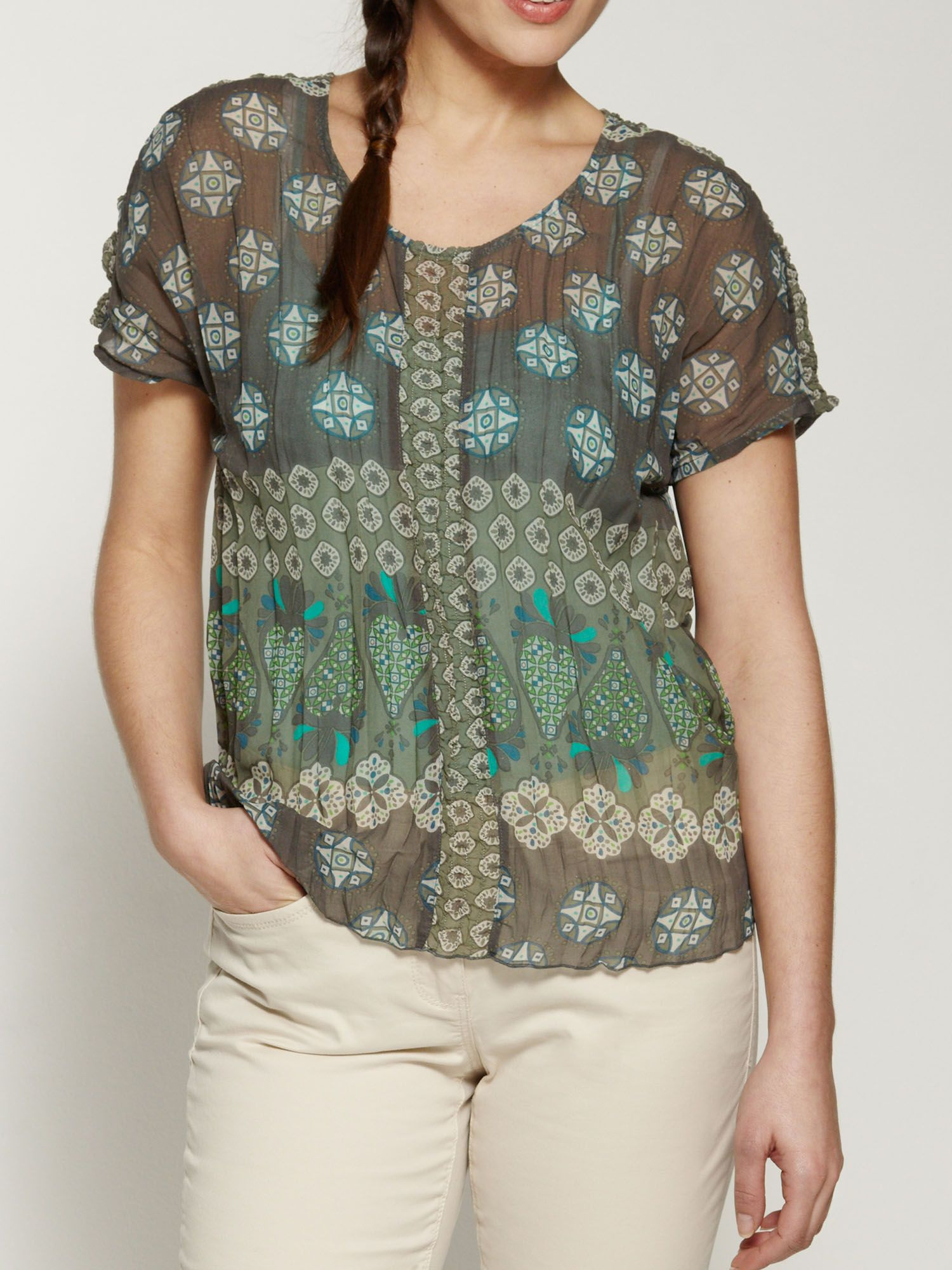 Crinkled printed top