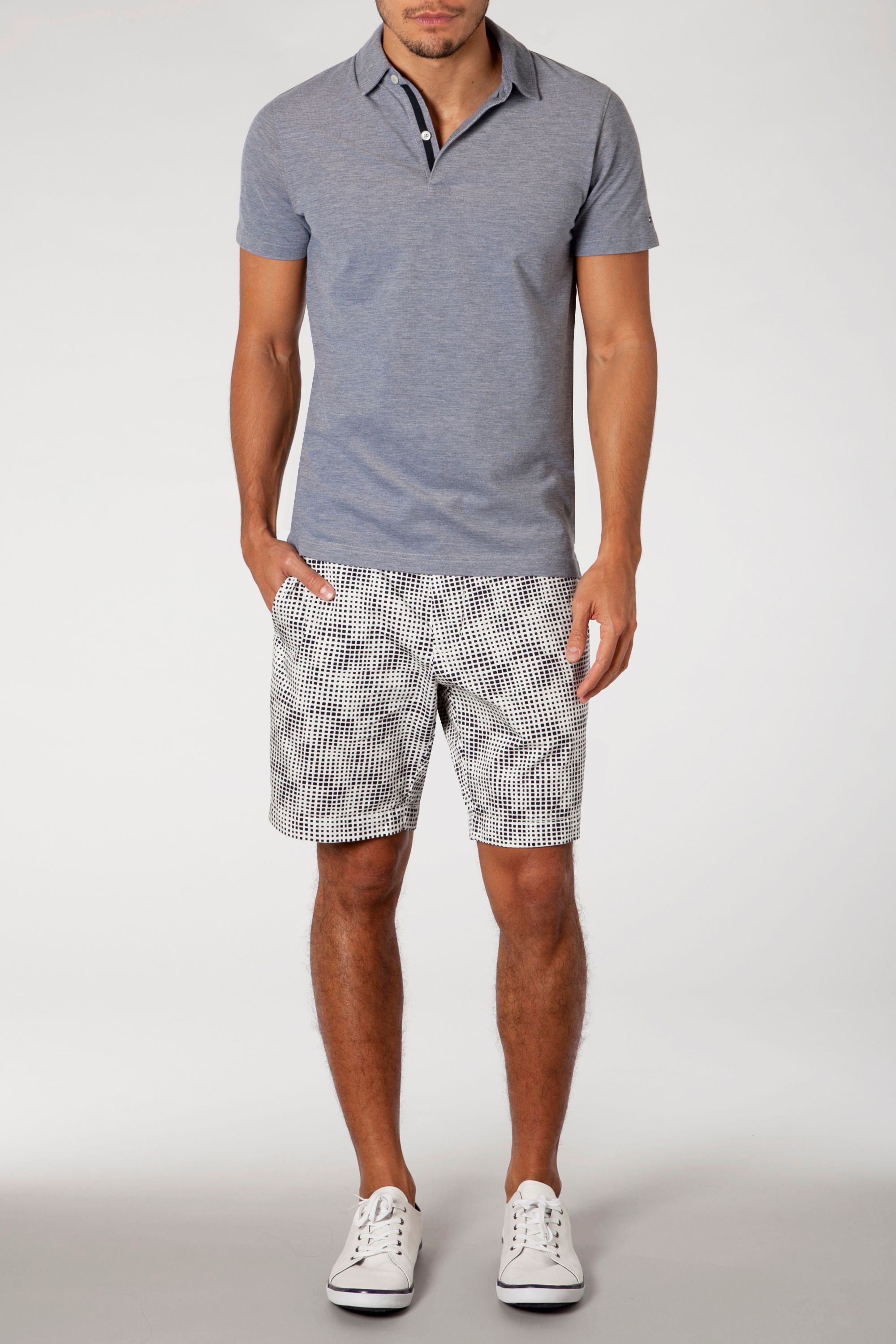 Dereck short square print