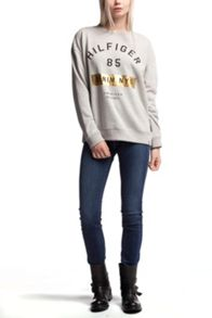 Tommy Hilfiger Basic Graphic Logo Sweatshirt