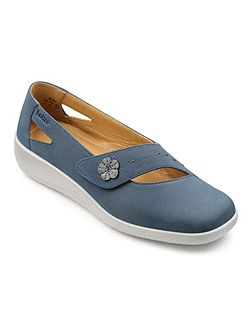 Bliss extra wide casual shoes