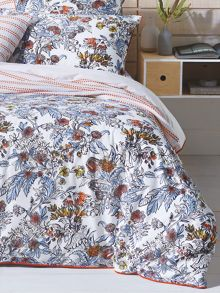 Laurina spring quilt cover set