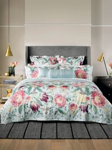 Sheridan Harbar duvet cover set