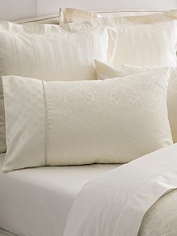 Damask standard pillowcase