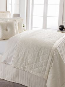 Sheridan Damask luxury bedspread
