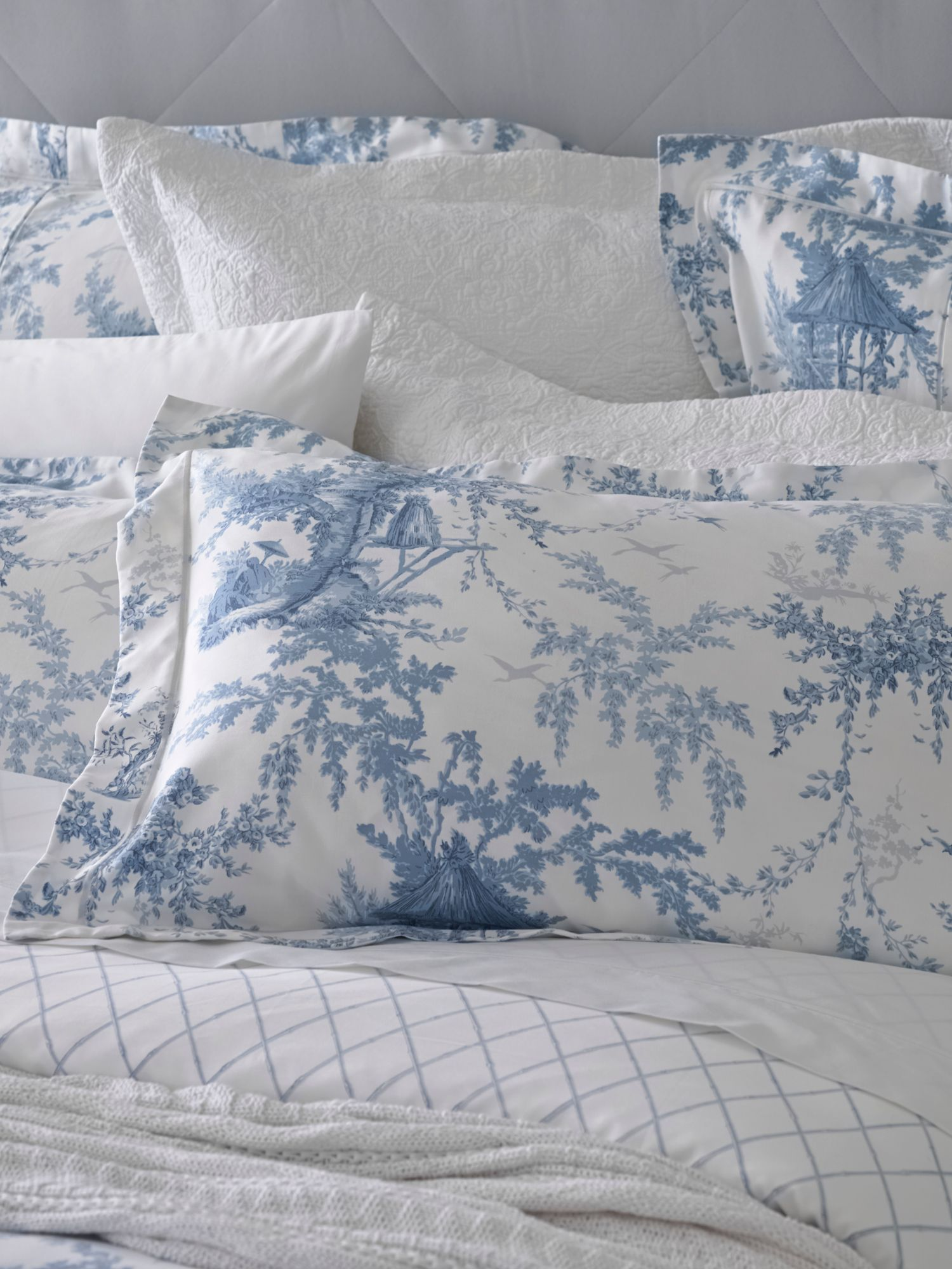 Eastcott lake oxford pillowcase pair