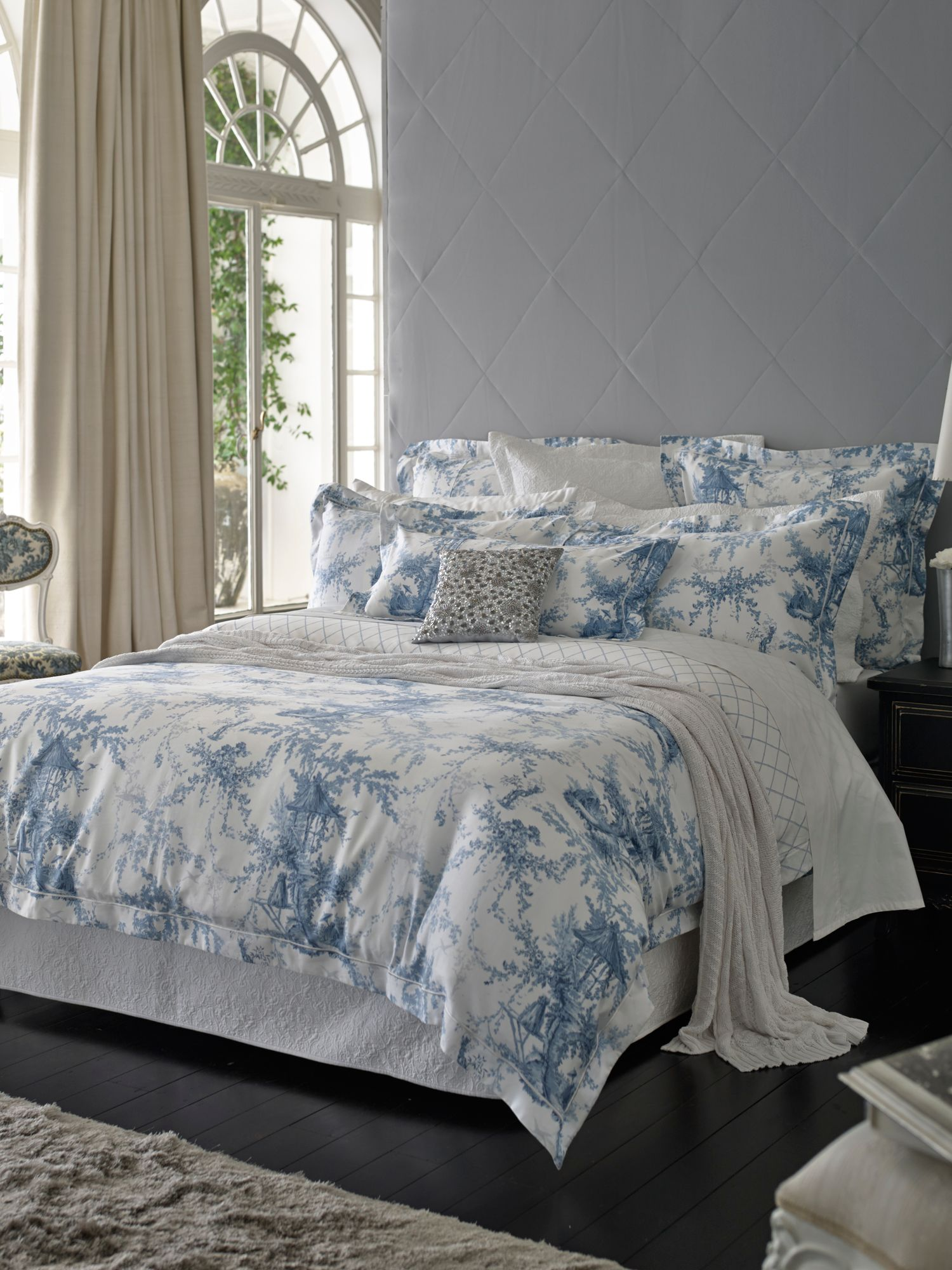 Eastcott lake king duvet cover