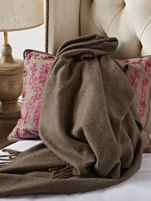 Walleroy cafe throw hand tied fringe