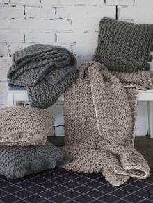 Aetos flax throw knitted design in smoke