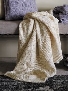 Roslyn skylight throw chunky knit