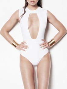 Lure one-piece