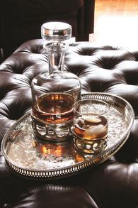 Royal Selangor Chateau cartouche red wine goblet