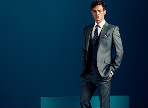 Read the How to Accessorise Your Suit Feature