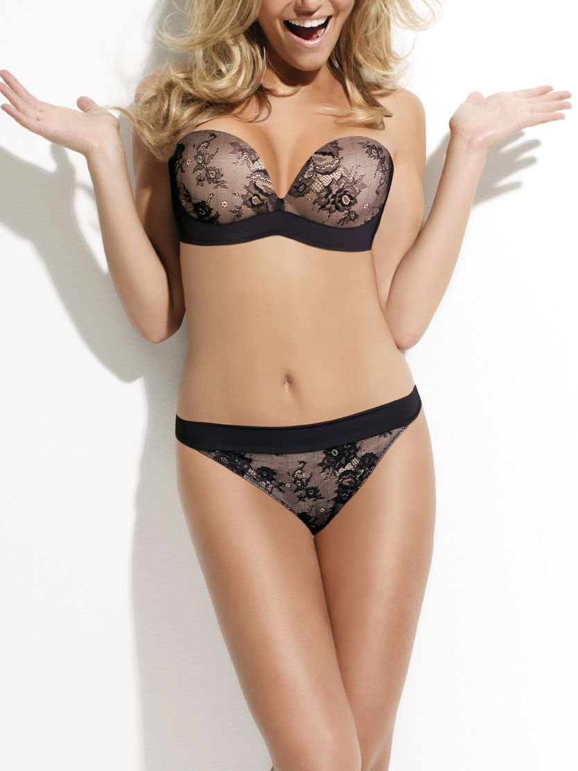 Ultimate strapless lingerie collection